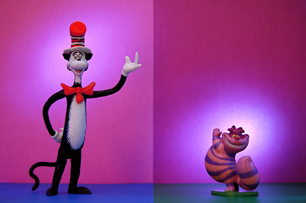 Cat in the Hat vs. Cheshire Cat (323/365)