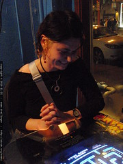 rachel watches darika @ ms pacman   PB200061.JPG