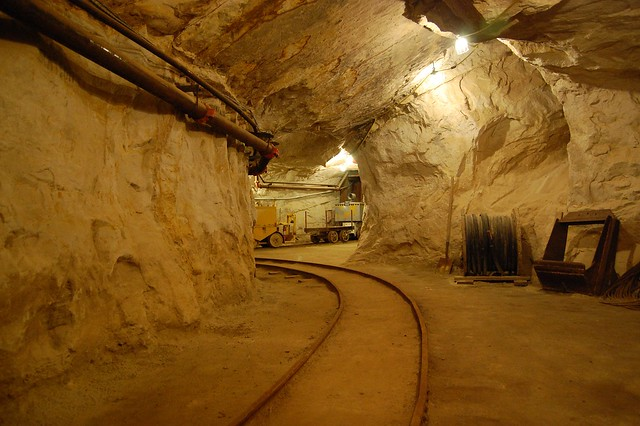 black diamond mines inside the hazel atlas mine flickr