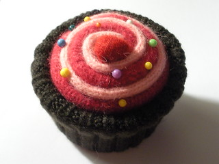 wool cupcake pincushion