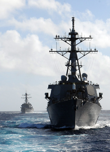 USS Paul Hamilton (DDG 60)