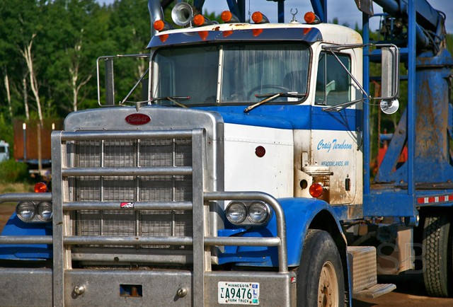 Peterbilt logging truck | Flickr - Photo Sharing!