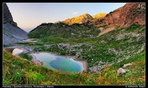 sunset summer lake mountains warm albania montenegro crnagora jezero albanija dinaricalps liqeni shqipëria bjeshkëtenemuna dinaridi bjeshketenemuna prokletije bunijezerce aleksandargospic majarosit