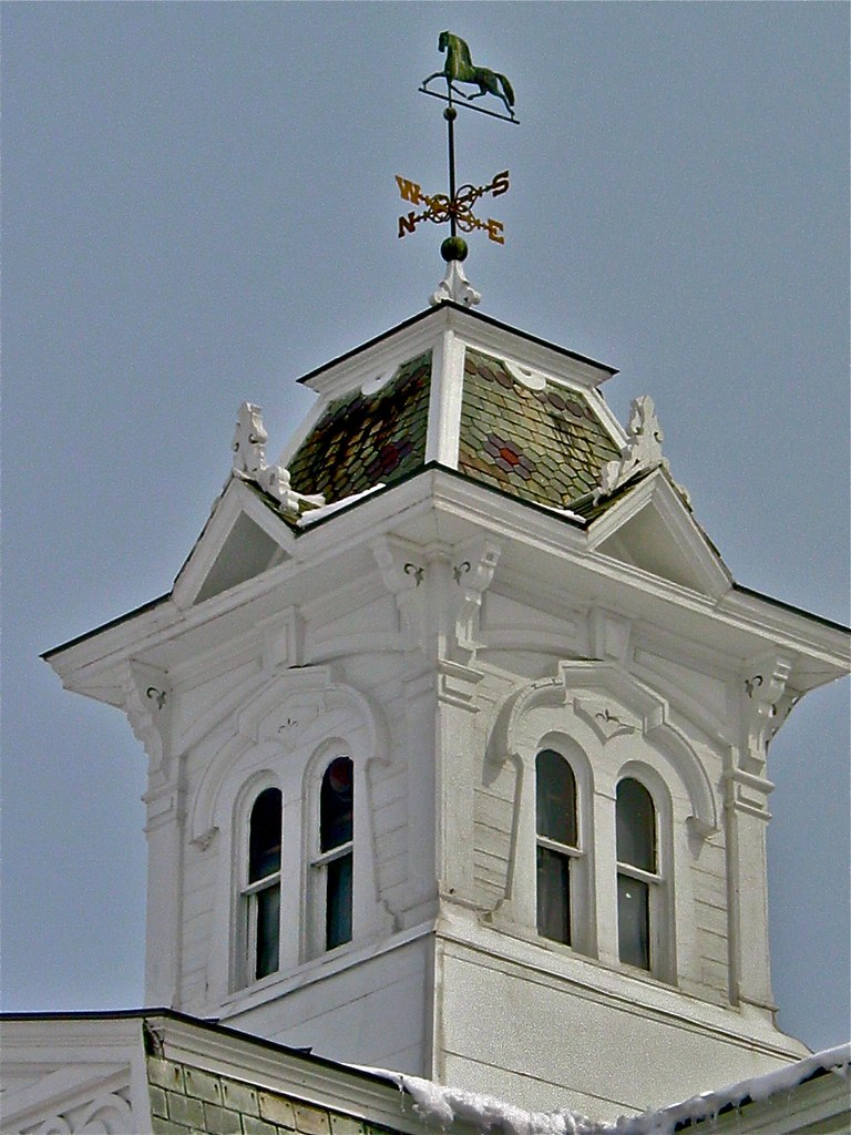 breeding barn stable 1878 cupola weathervane