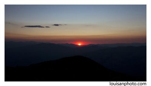 morning sunrise dawn climb colorado peak hike co 14er quandary