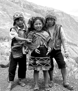 peruvian children BW