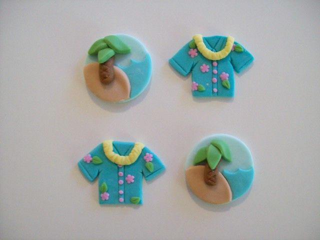 Hawaiian Cupcake Toppers | Flickr - Photo Sharing!