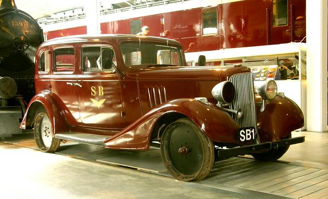 Pontiac dsb railcar in dsb museum odense dk flickr for 1934 pontiac 4 door sedan