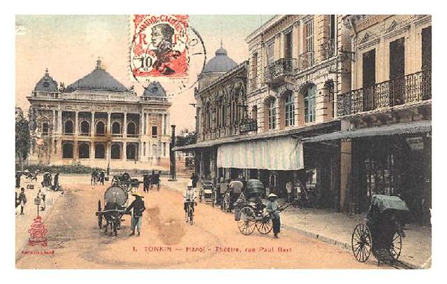 Hanoï - Théâtre - Rue Paul Bert