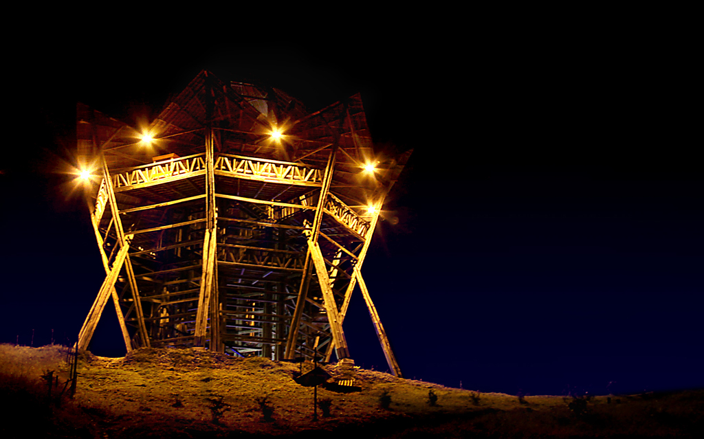Imagen del Mirador de Filandia, Quindio en la noche