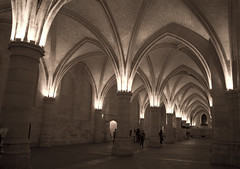 gothic architecture, symmetry, arch, building, monastery, architecture, place of worship, vault, arcade, crypt, column,