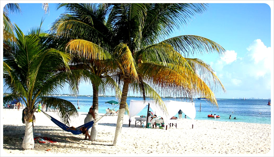 Isla Mujeres Beach with hammock