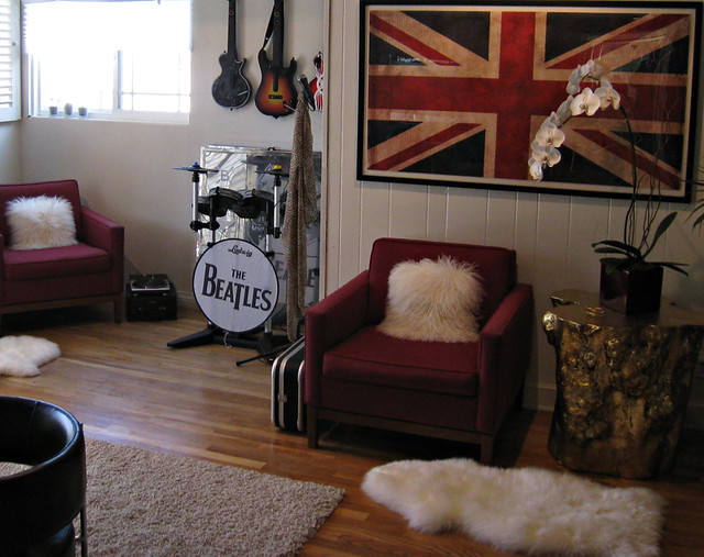 Wall Colour Inspiration: Rock N' Roll Video Game Room+game Room Decorating Ideas