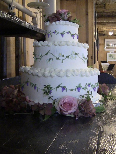 Winery Wedding Cake Server And Flute