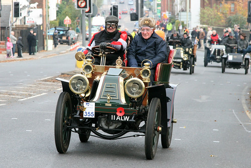 London to Brighton Veteran Car Run 2010 - 1903 Renault (11 ALW)