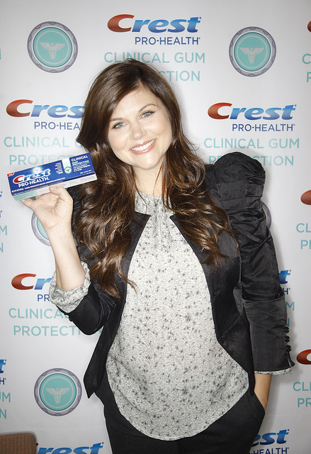 Tiffani Thiessen and Crest Pro-Health Clinical Gum Protection Declare September National Gingivitis Awareness Month