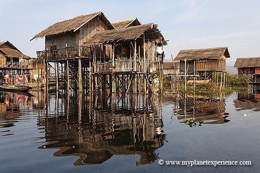 Myanmar experience : floating village