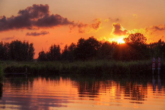 Sunset @ Poldervaart Revised