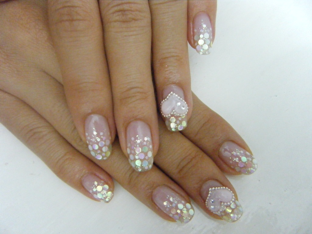 GEL NAIL With Glitter And Hologramglitter Design 3D Heart