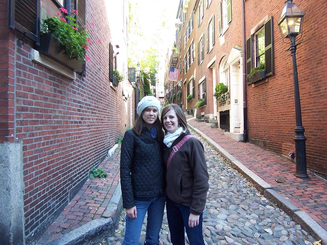 anna and stewie on acorn street