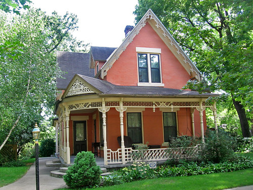 Victorian cottage house, Decorah, Iowa