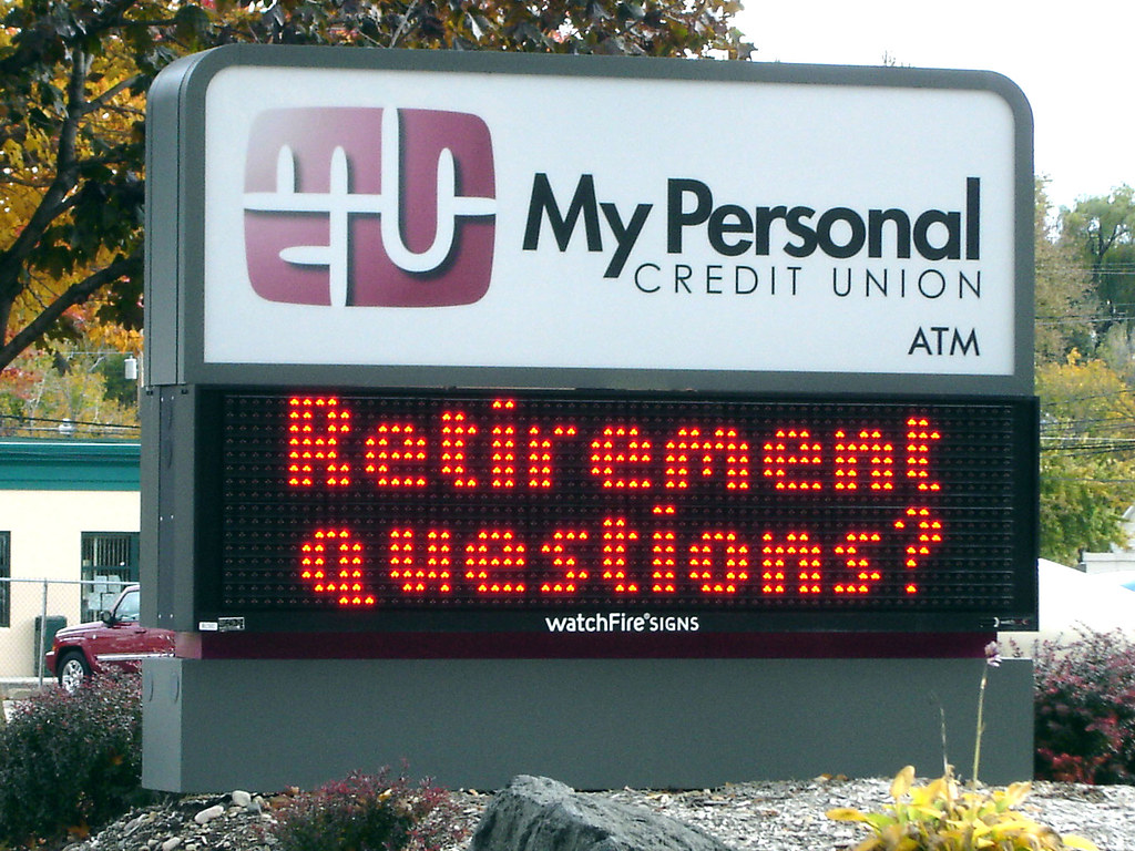 My Personal Credit Union | Watchfire 35mm Red LED Display Ca… | Flickr