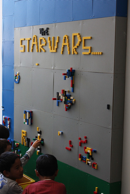 Star wars lego wall zeum flickr photo sharing for Star wars museum san francisco