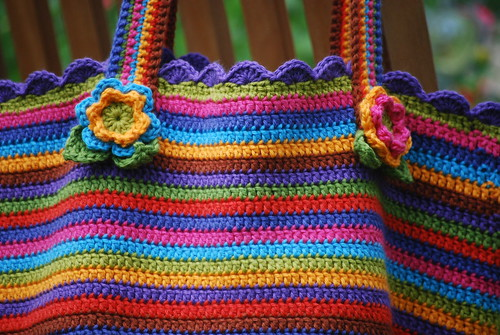 crochet bag w/flowers