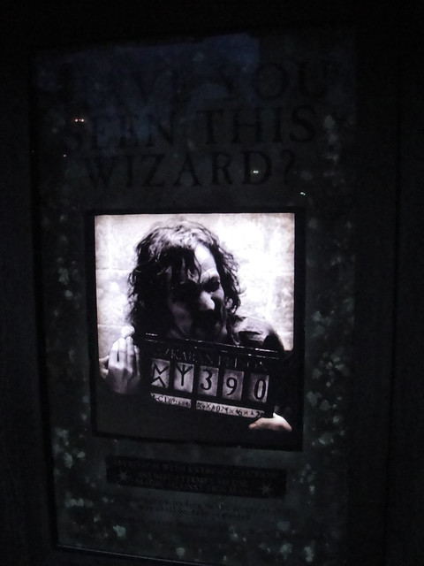 Wizarding World of Harry Potter - Sirius Black moving wanted poster ...