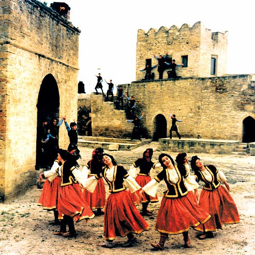 Azerbaijan national dances - Yallı