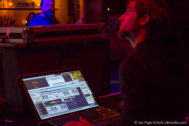 AudioPixel controlling the lighting