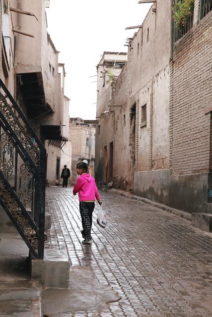 小雨のカシュガル旧市街