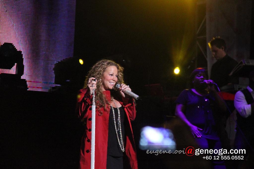Mariah at Sigapore F1 concert