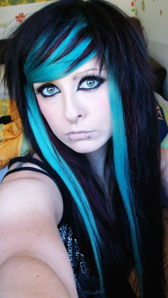 Long Emo Hairstyles