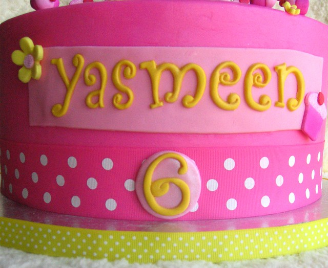 Pinkalicious Cake Images : Pinkalicious Birthday Cake Flickr - Photo Sharing!