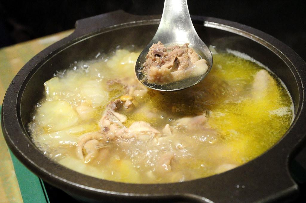 常青廬-鳳梨苦瓜雞湯