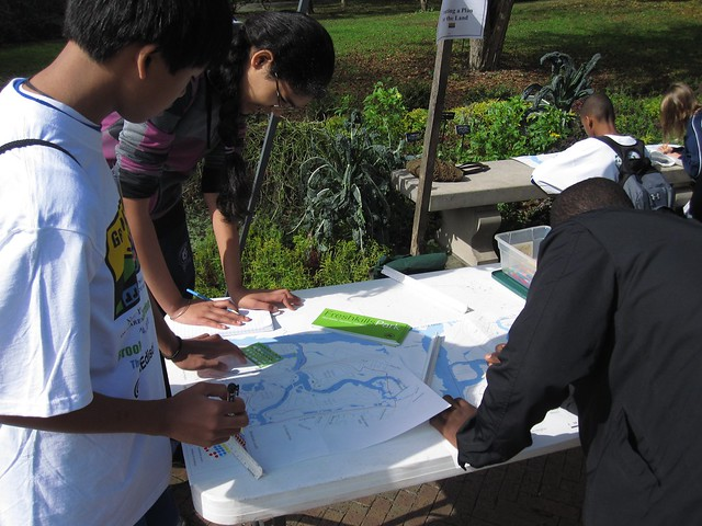 Green Horizon students learn how city planners are turning the closed Staten Island Landfill into Freshkills Park and help with the site design.