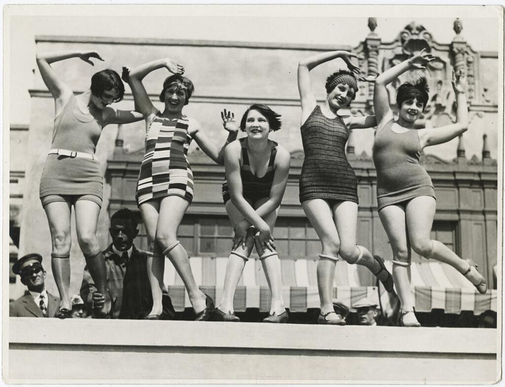 фото - леди в купальниках 20-х годов