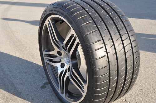 michelin pilot super sport press release sizes for gt r wheels gt r life. Black Bedroom Furniture Sets. Home Design Ideas