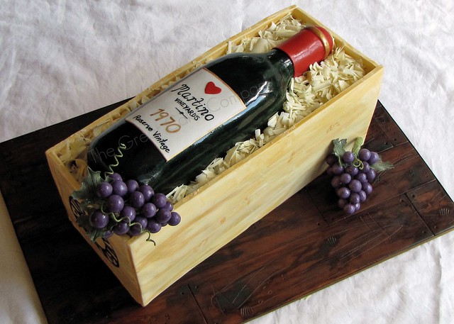 wine bottle cake design