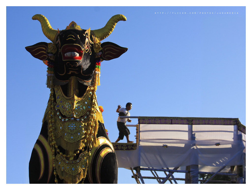 image of lembu, a black buffalo statue made with wood for cremation