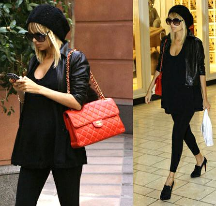 nicole-richie-red-chanel-handbag