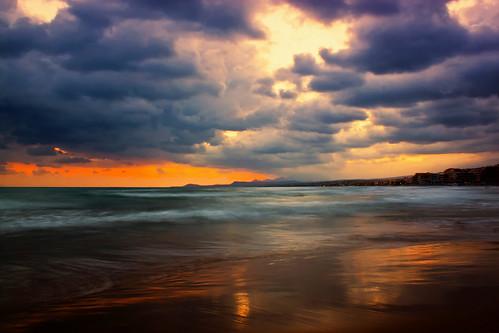 sea sky reflection clouds sunrise waves greece crete rethymno κρήτη ελλάδα σύννεφα κύματα θάλασσα ανατολή αντανάκλαση ρέθυμνο ουρανόσ