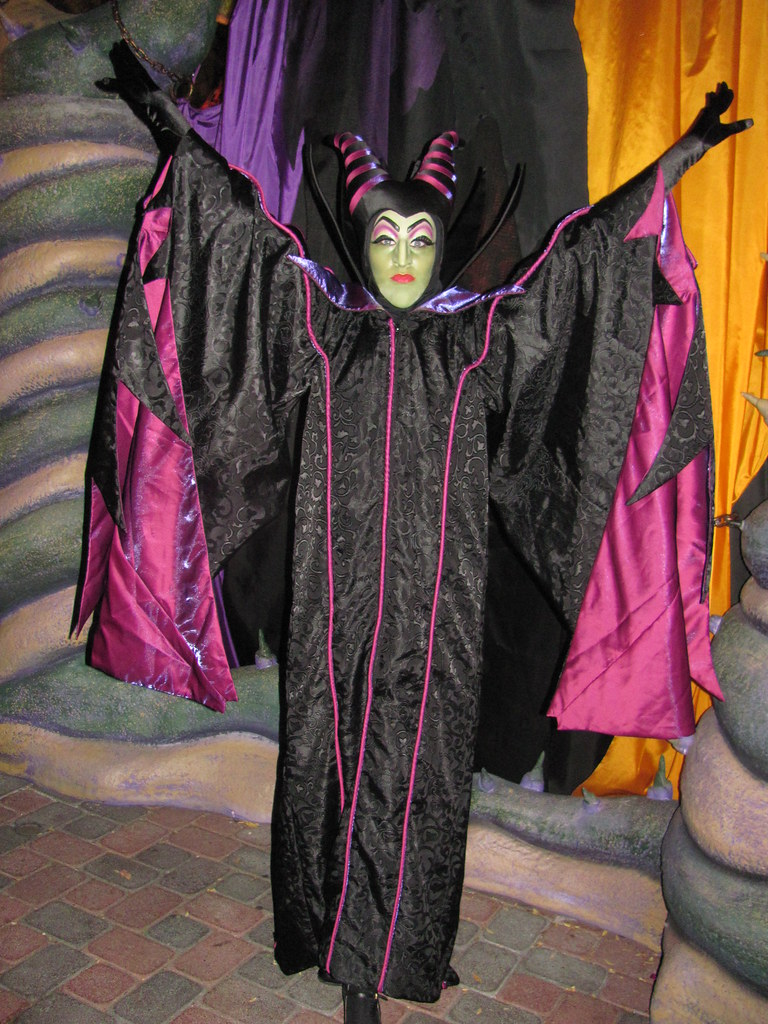 Maleficent at the disney villains meet and greet at mickeys maleficent at the disney villains meet and greet at mickeys halloween party m4hsunfo