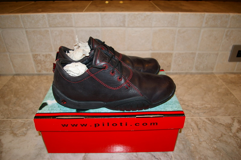piloti driving shoes laguna black red size 8 100 shipped. Black Bedroom Furniture Sets. Home Design Ideas