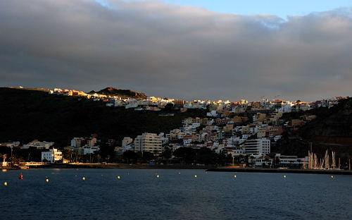 Gomera - San Sebastian - erste Strahlen der Morgensonne