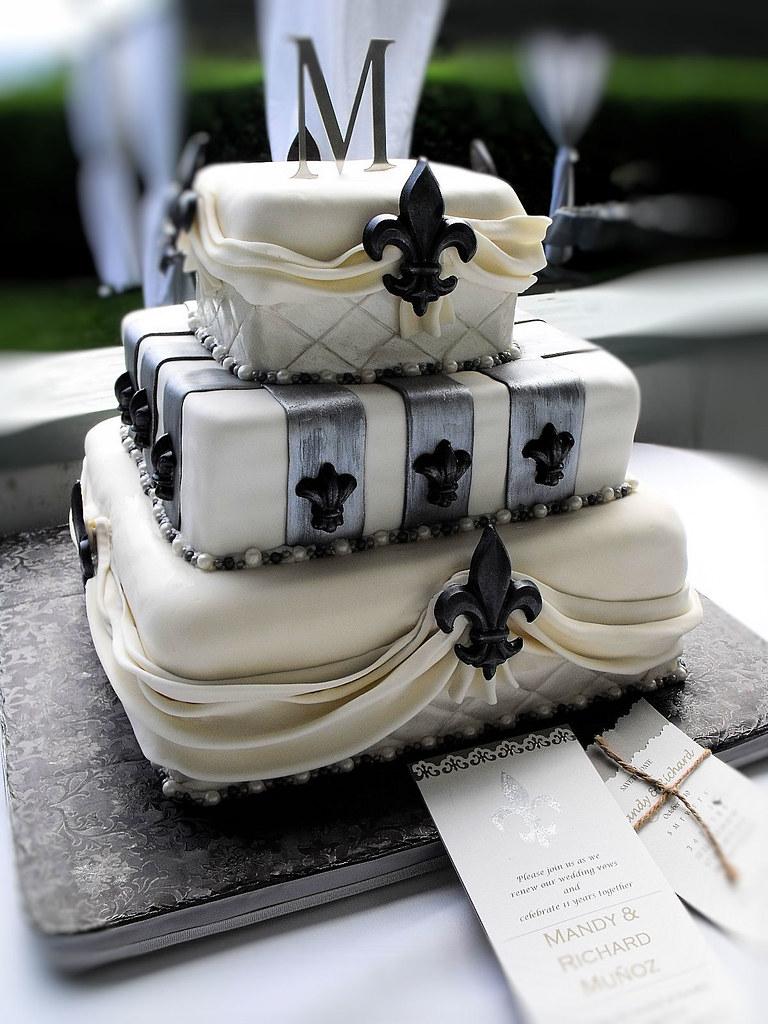 Fleur de lis wedding cake 3 - a photo on Flickriver