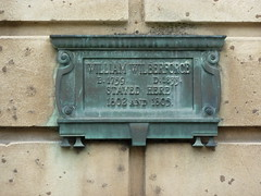 Photo of William Wilberforce bronze plaque