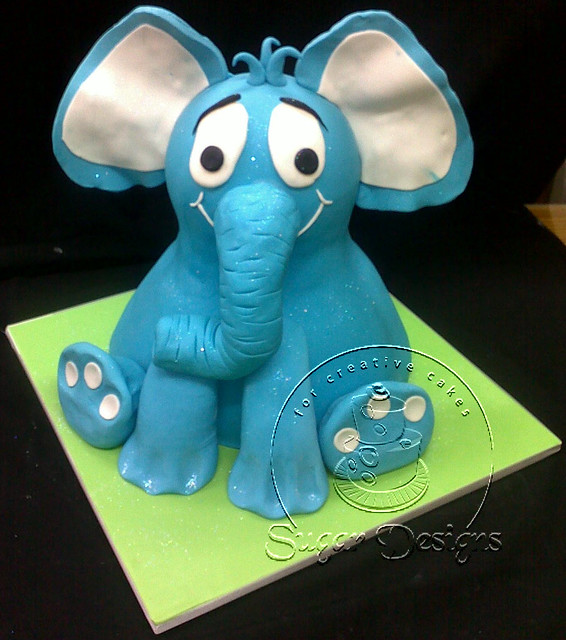 Elephant Cake Design http://www.flickr.com/photos/sugardesigns/5107634262/