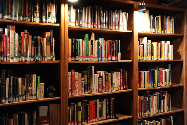 Books in shelves, categorized, Wu Hsing Tao School, Traditional Five Element Acupuncture & Psychology, Seattle, Washington, USA